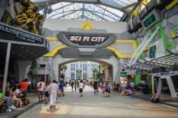 USS - Sci Fi City
